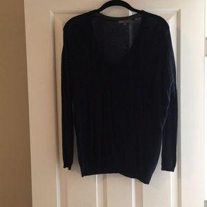 Navy blue light weight Vince sweater